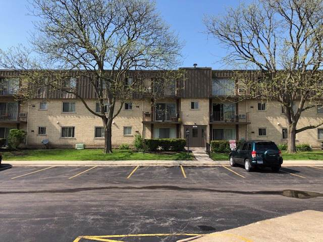 563 Fairway View Drive 5-1E, Wheeling, IL 60090 (MLS #10460077) :: Angela Walker Homes Real Estate Group