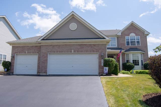 581 Lake Cornish Way, Algonquin, IL 60102 (MLS #10460103) :: Property Consultants Realty