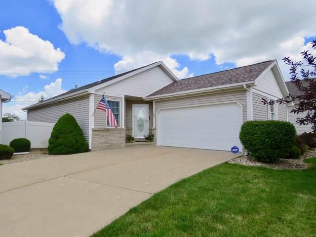 69 Astoria Way, Bloomington, IL 61704 (MLS #10460210) :: Berkshire Hathaway HomeServices Snyder Real Estate