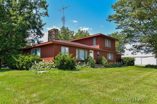 18530 E Twombly Road, Rochelle, IL 61068 (MLS #10460928) :: The Dena Furlow Team - Keller Williams Realty