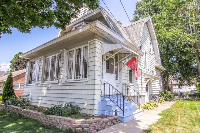 1203 N Madison Street, Bloomington, IL 61701 (MLS #10461847) :: Property Consultants Realty