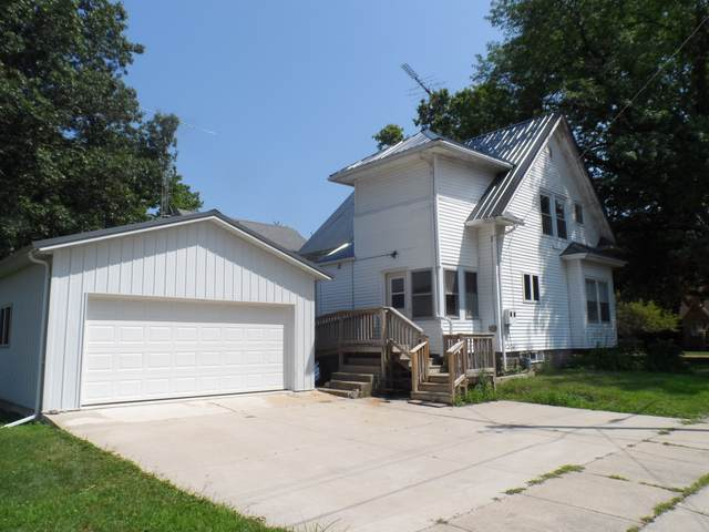 602 N 3rd Street, Ashton, IL 61006 (MLS #10462361) :: Angela Walker Homes Real Estate Group