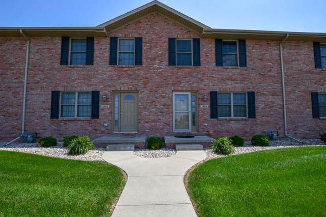 1922 Glenbridge Road, Bloomington, IL 61704 (MLS #10462363) :: Berkshire Hathaway HomeServices Snyder Real Estate