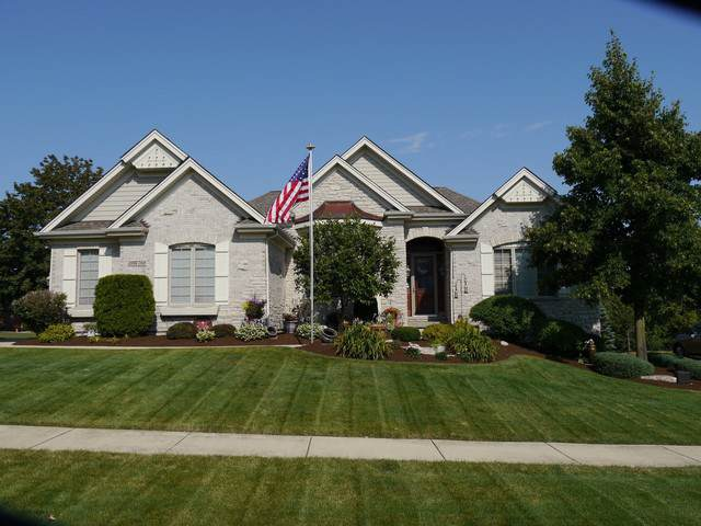 39W769 Walt Whitman Road, St. Charles, IL 60175 (MLS #10462675) :: Berkshire Hathaway HomeServices Snyder Real Estate