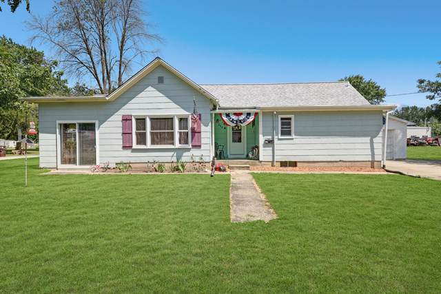 348 W Shumway Street, BEMENT, IL 61813 (MLS #10463018) :: Berkshire Hathaway HomeServices Snyder Real Estate