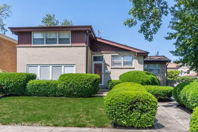 7442 Lowell Avenue, Skokie, IL 60076 (MLS #10463111) :: Property Consultants Realty