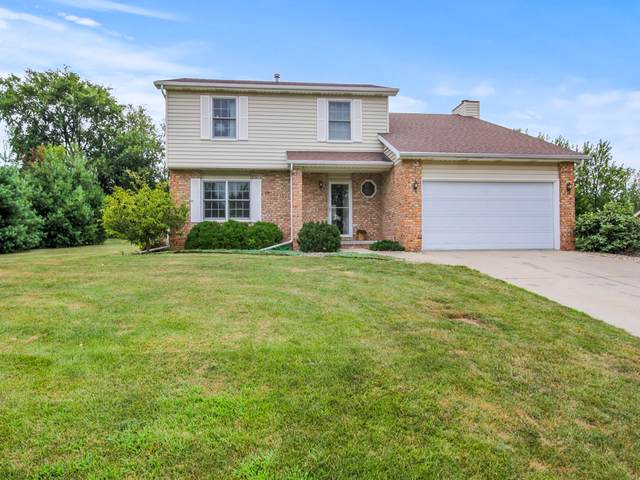 2210 Windsor Court, Bloomington, IL 61704 (MLS #10463606) :: Berkshire Hathaway HomeServices Snyder Real Estate