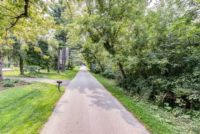 Land Cedar Lane, Wayne, IL 60184 (MLS #10468287) :: Angela Walker Homes Real Estate Group