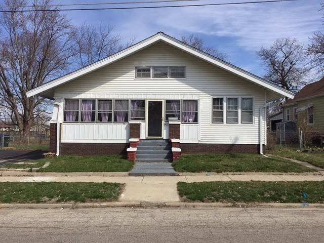 941 W Macarthur Avenue, Bloomington, IL 61701 (MLS #10468812) :: Berkshire Hathaway HomeServices Snyder Real Estate
