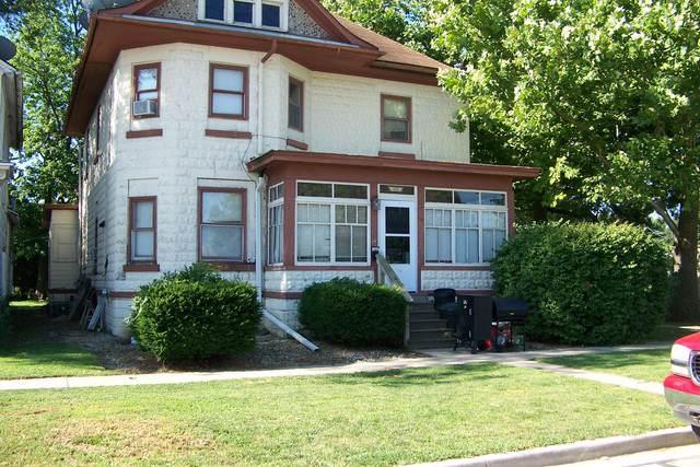201 W Walnut Street, Fairbury, IL 61739 (MLS #10469127) :: Property Consultants Realty