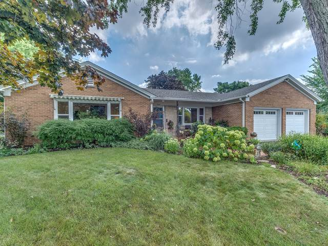 304 S Loomis Street, Naperville, IL 60540 (MLS #10469255) :: Berkshire Hathaway HomeServices Snyder Real Estate