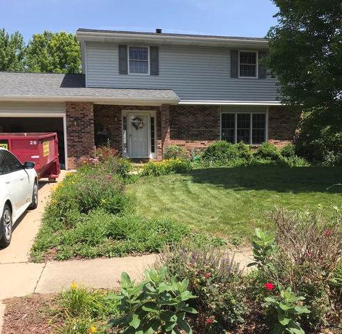 1606 Barton Drive, Normal, IL 61761 (MLS #10469886) :: Berkshire Hathaway HomeServices Snyder Real Estate