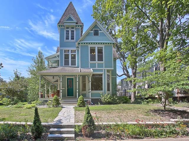 605 W Main Street, Urbana, IL 61801 (MLS #10470150) :: Berkshire Hathaway HomeServices Snyder Real Estate