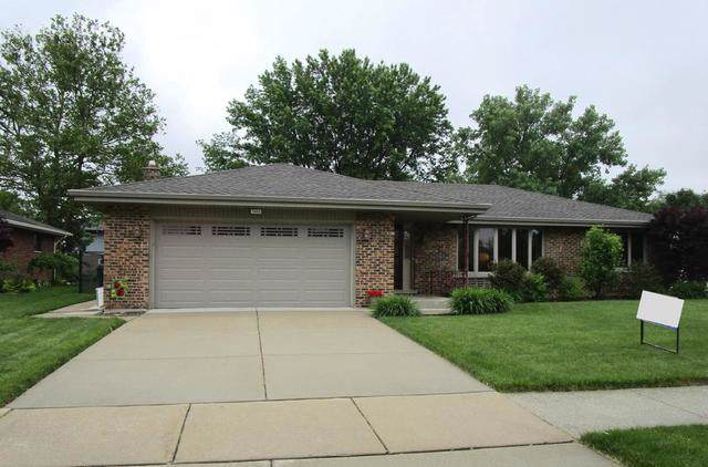 7825 Sycamore Drive, Orland Park, IL 60462 (MLS #10470937) :: Baz Realty Network | Keller Williams Elite