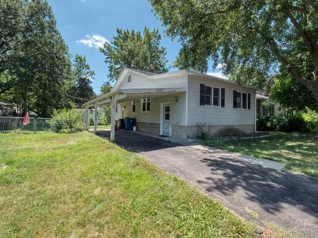 208 E Cemetery Avenue, Chenoa, IL 61726 (MLS #10471403) :: Property Consultants Realty