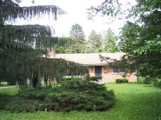11940 Oceola Drive, Algonquin, IL 60102 (MLS #10471871) :: Ryan Dallas Real Estate