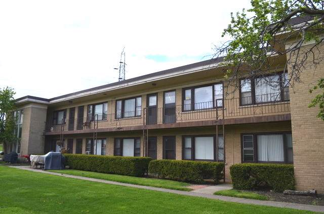 31 King Arthur Court #12, Northlake, IL 60164 (MLS #10472456) :: The Wexler Group at Keller Williams Preferred Realty