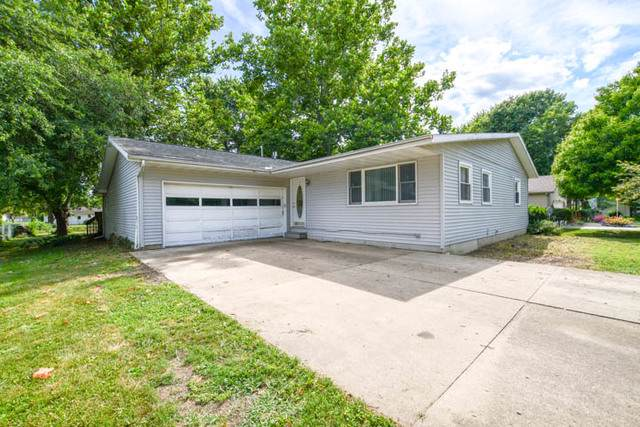 14545 Mark Lane, Bloomington, IL 61705 (MLS #10472608) :: Janet Jurich Realty Group