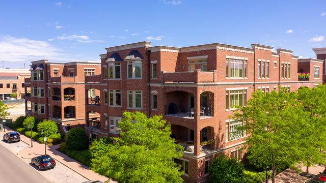 180 W Benton Avenue #301, Naperville, IL 60540 (MLS #10472611) :: Angela Walker Homes Real Estate Group