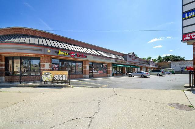 5691 N Milwaukee Avenue, Chicago, IL 60646 (MLS #10473278) :: John Lyons Real Estate