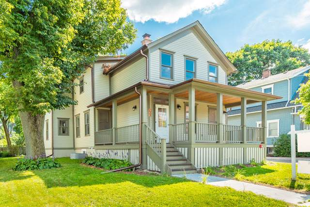 135 W Station Street, Barrington, IL 60010 (MLS #10473504) :: Berkshire Hathaway HomeServices Snyder Real Estate