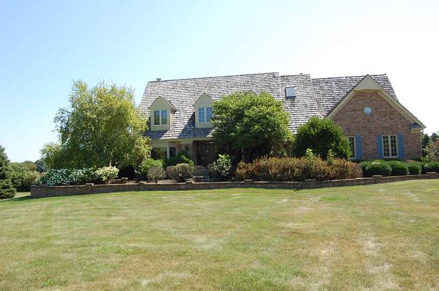 6N225 W Ridgewood Lane, St. Charles, IL 60175 (MLS #10474302) :: Berkshire Hathaway HomeServices Snyder Real Estate