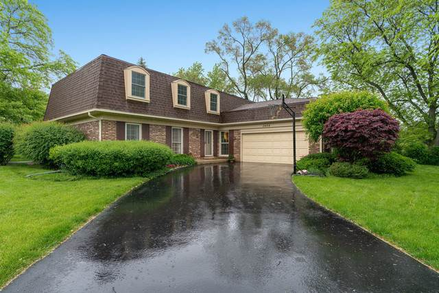 3408 Lake Knoll Drive, Northbrook, IL 60062 (MLS #10475040) :: Property Consultants Realty