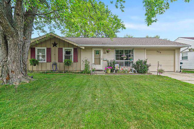 900 Woodland Heights Boulevard, Streamwood, IL 60107 (MLS #10475609) :: The Wexler Group at Keller Williams Preferred Realty