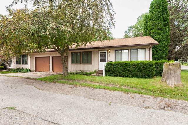 590 St Johns Road, Woodstock, IL 60098 (MLS #10475806) :: Berkshire Hathaway HomeServices Snyder Real Estate
