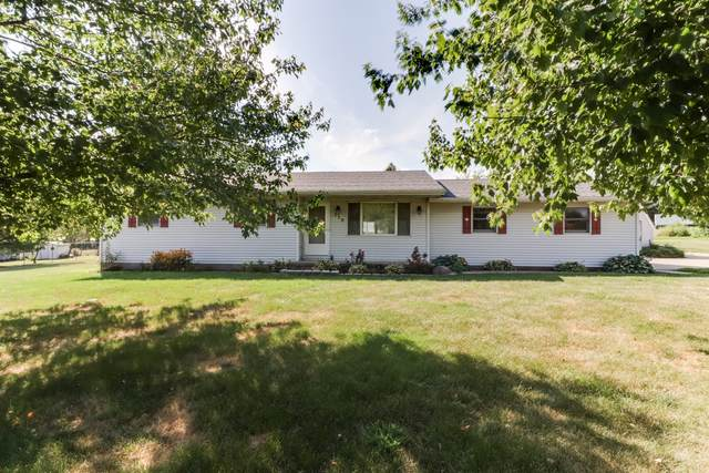 110 Countryside Drive, LEROY, IL 61752 (MLS #10476687) :: Janet Jurich Realty Group