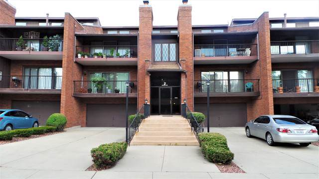 2 Cinnamon Creek Drive 3S, Palos Hills, IL 60465 (MLS #10476927) :: Property Consultants Realty