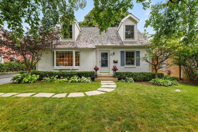 2 N June Terrace, Lake Forest, IL 60045 (MLS #10478049) :: Berkshire Hathaway HomeServices Snyder Real Estate