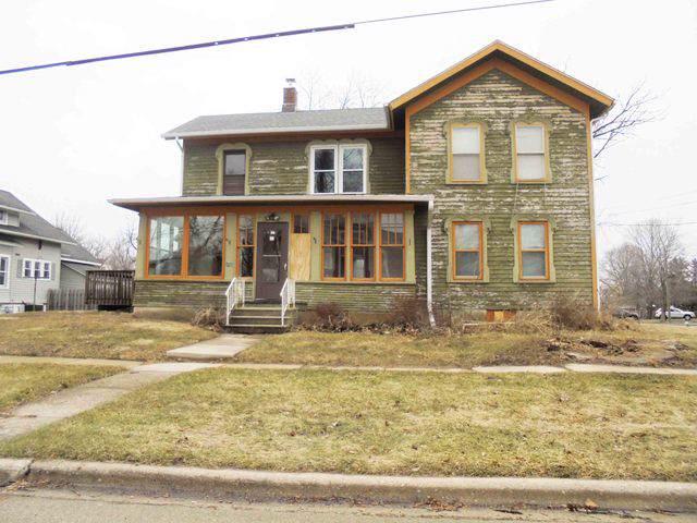 292 E Mckinley Avenue, Hinckley, IL 60520 (MLS #10479432) :: Angela Walker Homes Real Estate Group