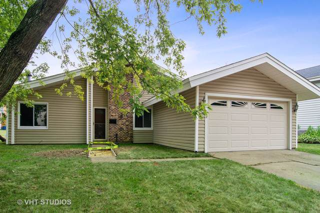 5930 Andover Drive W, Hanover Park, IL 60133 (MLS #10479682) :: Angela Walker Homes Real Estate Group