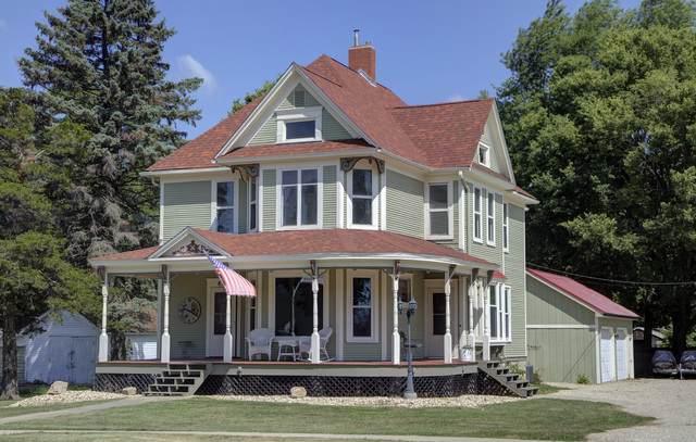 604 N 1st Street, Ashton, IL 61006 (MLS #10479729) :: Angela Walker Homes Real Estate Group