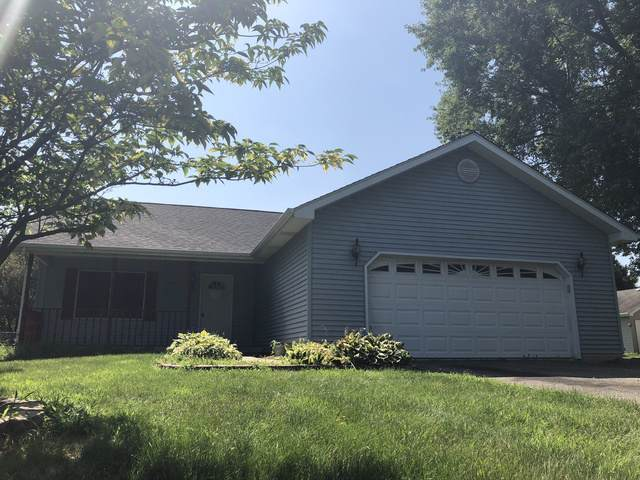 881 Holiday Drive, Sandwich, IL 60548 (MLS #10480135) :: The Wexler Group at Keller Williams Preferred Realty