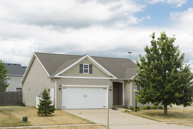 3802 Sandstone Drive, Champaign, IL 61822 (MLS #10480161) :: The Mattz Mega Group