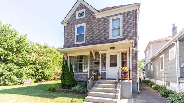 3711 W 63rd Place, Chicago, IL 60629 (MLS #10481666) :: Janet Jurich Realty Group