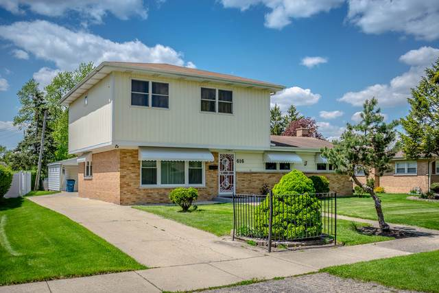 616 White Oak Drive, Roselle, IL 60172 (MLS #10482056) :: Berkshire Hathaway HomeServices Snyder Real Estate