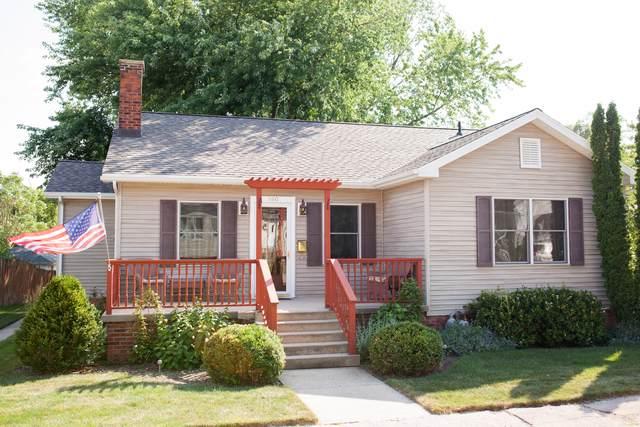 560 Clark Street, Marseilles, IL 61341 (MLS #10482693) :: Angela Walker Homes Real Estate Group