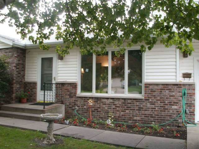 2412 Becker Drive, Peru, IL 61354 (MLS #10483109) :: The Wexler Group at Keller Williams Preferred Realty