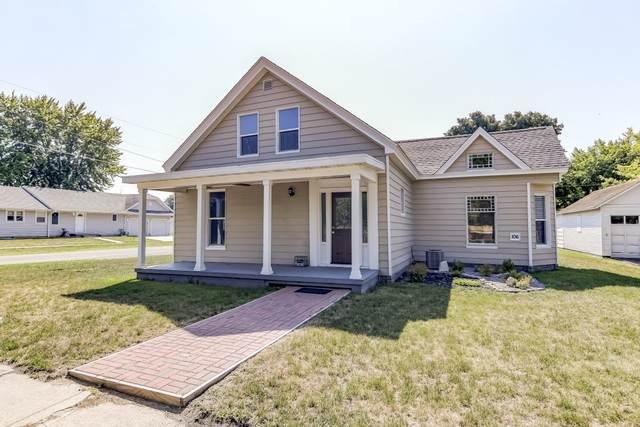 106 Ne 4th Street, Atlanta, IL 61723 (MLS #10483140) :: Angela Walker Homes Real Estate Group
