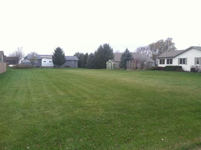 10111 Meadow Lane, Hebron, IL 60034 (MLS #10483238) :: Angela Walker Homes Real Estate Group