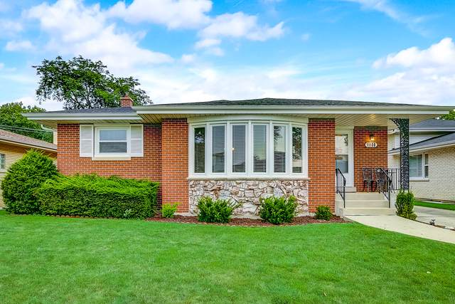 11106 Nelson Street, Westchester, IL 60154 (MLS #10483530) :: Angela Walker Homes Real Estate Group