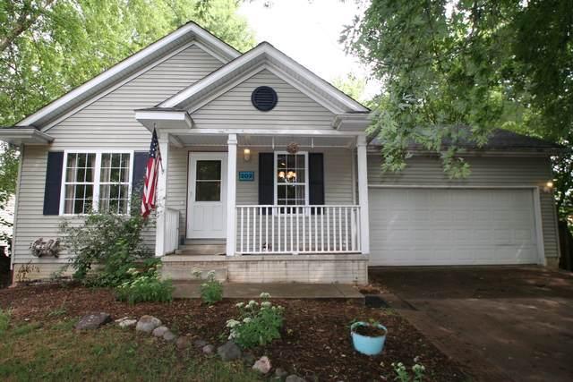 202 E 4th Street, Mackinaw, IL 61755 (MLS #10483696) :: Angela Walker Homes Real Estate Group