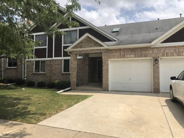 908 Thornwood Drive #908, St. Charles, IL 60174 (MLS #10483843) :: Berkshire Hathaway HomeServices Snyder Real Estate