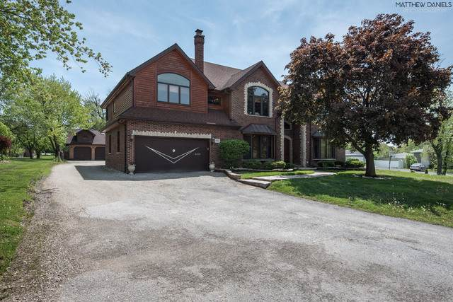8335 S 85th Court, Hickory Hills, IL 60457 (MLS #10483880) :: Baz Realty Network | Keller Williams Elite