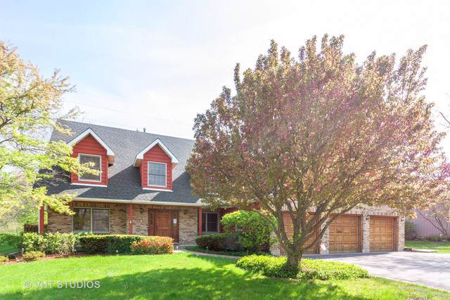 5009 Boulders Drive, Gurnee, IL 60031 (MLS #10483932) :: The Perotti Group | Compass Real Estate