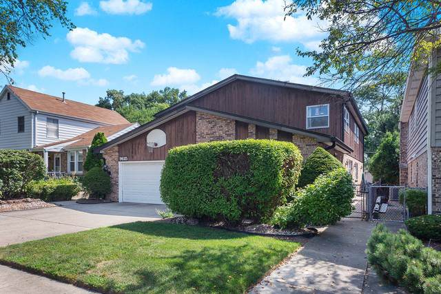 9615 Lowell Avenue, Skokie, IL 60076 (MLS #10484482) :: The Dena Furlow Team - Keller Williams Realty