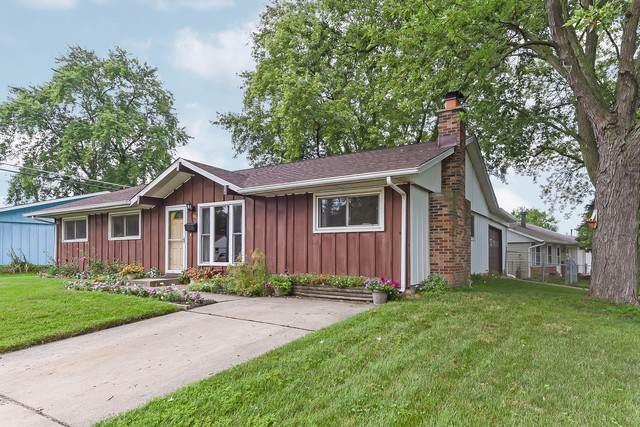 902 Vine Street, Streamwood, IL 60107 (MLS #10484552) :: Angela Walker Homes Real Estate Group